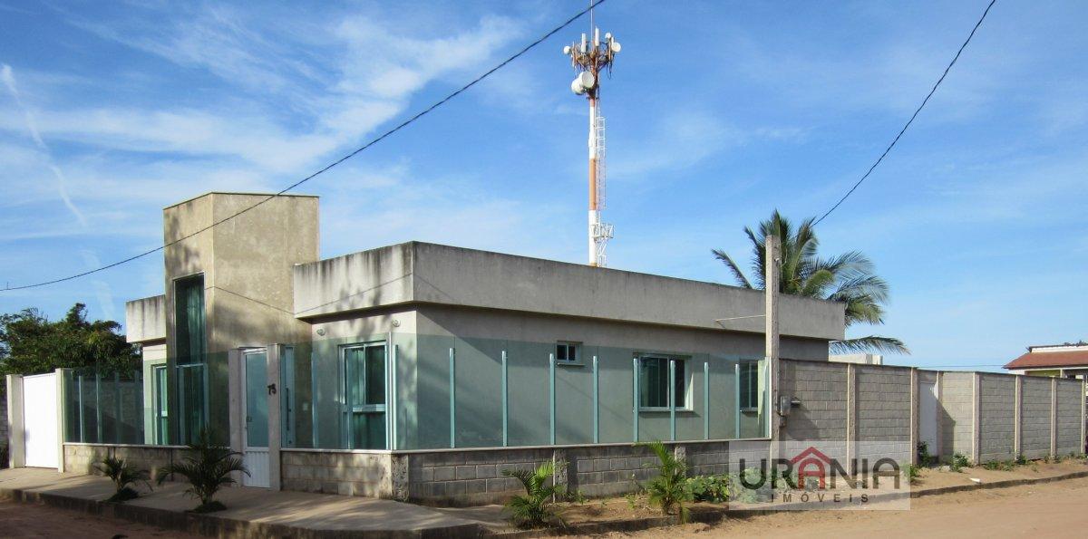 Casa a Venda no bairro Santa Paula em Vila Velha - ES. 2 banheiros, 3 dormitórios, 1 suíte, 4 vagas na garagem, 1 cozinha,  closet,  área de serviço,