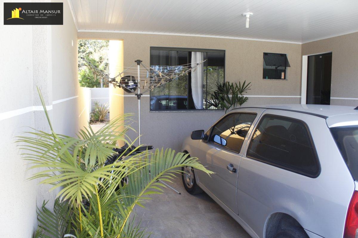 Casa com 3 Dormitórios à venda, 176 m² por R$ 190.000,00