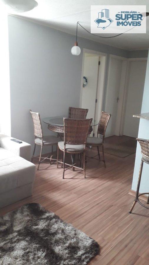 Apartamento a Venda no bairro Três Vendas em Pelotas - RS. 1 banheiro, 2 dormitórios, 1 vaga na garagem, 1 cozinha,  área de serviço,  sala de tv.  -