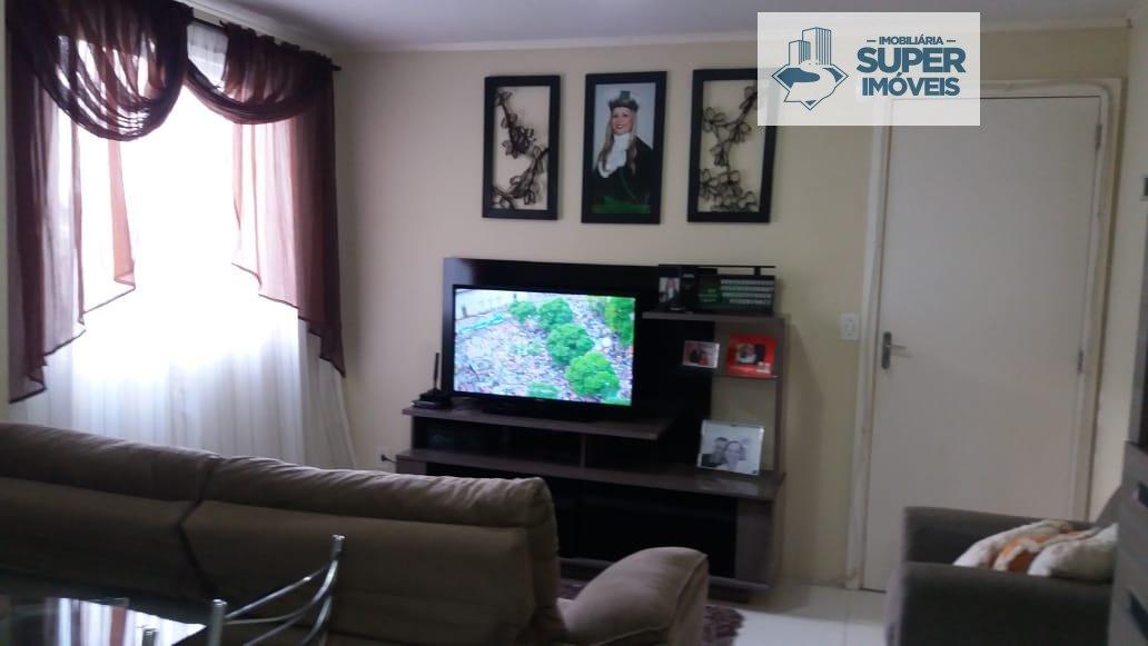 Apartamento a Venda no bairro Três Vendas em Pelotas - RS. 1 banheiro, 2 dormitórios, 1 vaga na garagem, 1 cozinha,  área de serviço,  sala de jantar.