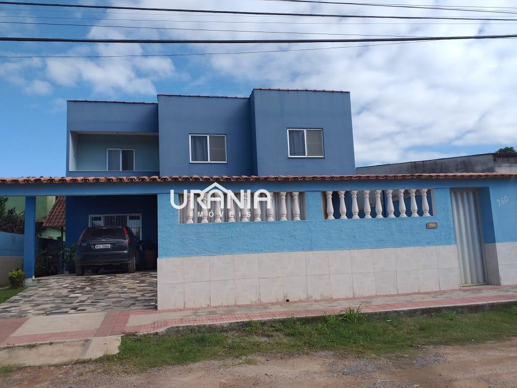 Casa a Venda no bairro Santa Paula em Vila Velha - ES. 3 banheiros, 5 dormitórios, 2 suítes, 5 vagas na garagem,  closet,  área de serviço,  copa,  la