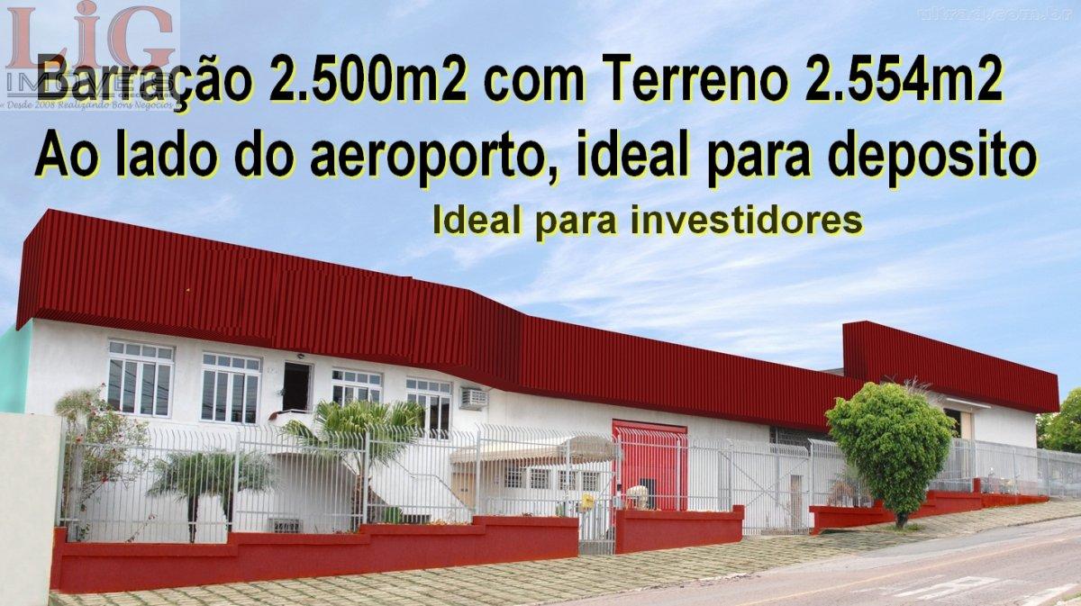 Galpão/Pavilhão a Venda no bairro Águas Belas em São José dos Pinhais - PR. 4 banheiros, 10 vagas na garagem, 2 cozinhas,  área de serviço,  copa,  la