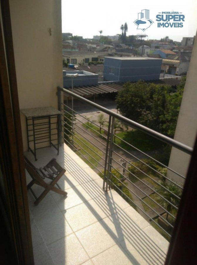 Apartamento a Venda no bairro Centro em Pelotas - RS. 2 banheiros, 2 dormitórios, 2 vagas na garagem, 1 cozinha,  área de serviço,  lavabo,  sala de e