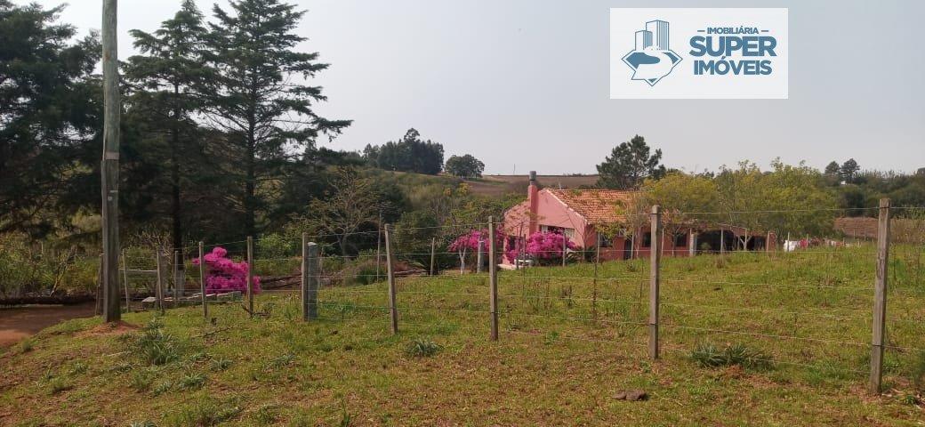 Chácara a Venda no bairro Centro em Canguçu - RS. 1 banheiro, 1 dormitório.  - 1365