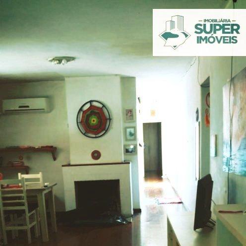 Apartamento a Venda no bairro Centro em Pelotas - RS. 4 banheiros, 3 dormitórios, 3 suítes, 1 vaga na garagem, 1 cozinha,  sala de estar,  sala de tv,