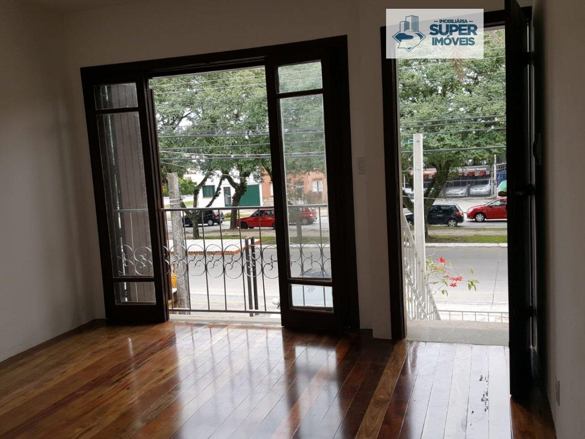 Casa a Venda no bairro Areal em Pelotas - RS. 2 banheiros, 3 dormitórios, 1 vaga na garagem,  área de serviço,  sala de estar,  sala de jantar,  escri
