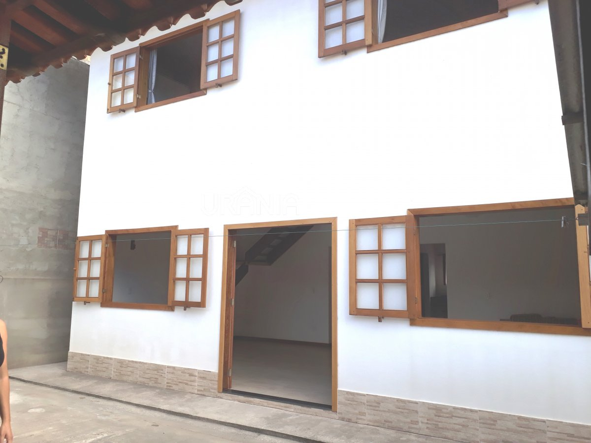 Casa a Venda no bairro Santa Paula II em Vila Velha - ES. 3 banheiros, 3 dormitórios, 1 suíte, 1 vaga na garagem, 1 cozinha,  área de serviço,  copa,