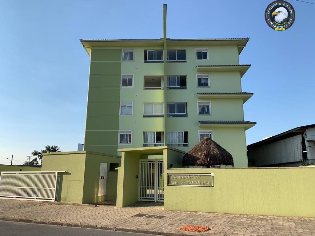 Cobertura à venda  no Pirabeiraba (Centro) - Joinville, SC. Imóveis