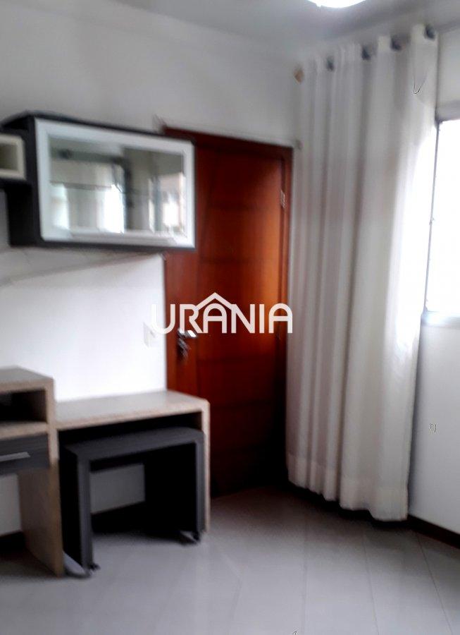 Apartamento para Alugar no bairro Coqueiral de Itaparica em Vila Velha - ES. 1 banheiro, 2 dormitórios, 1 vaga na garagem, 1 cozinha,  área de serviço