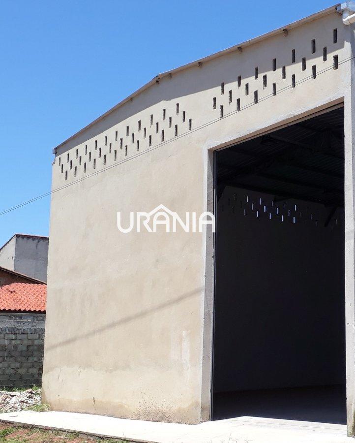 Galpão/Pavilhão para Alugar no bairro Santa Paula II em Vila Velha - ES. 2 banheiros, 4 vagas na garagem, 1 cozinha,  área de serviço,  copa,  lavabo,