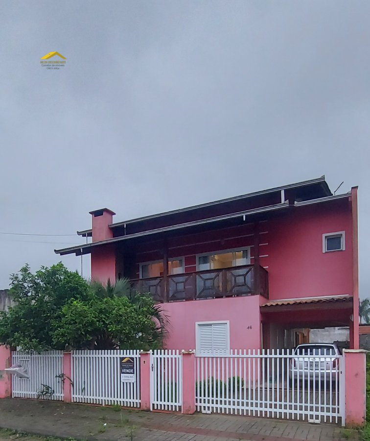 Sobrado à venda  no Vila Nova - Joinville, SC. Imóveis